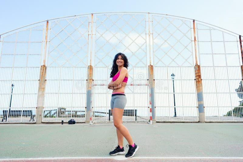 Sportieve succesvolle vrouw royalty-vrije stock afbeeldingen