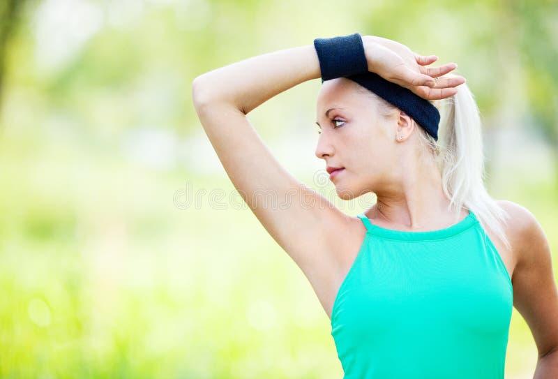 Sportieve vrouw stock foto's