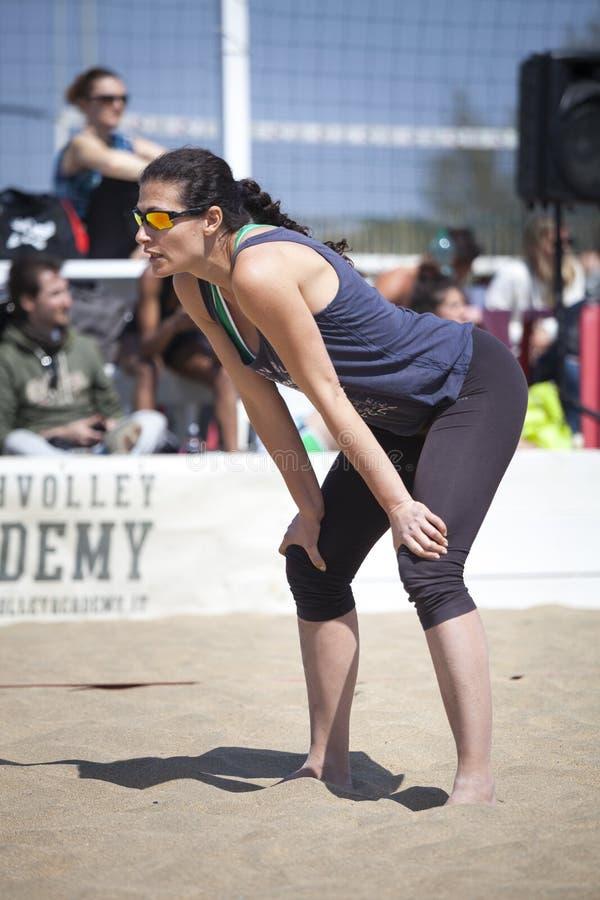 Sportlerin Strand-Volleyball-Turnierfrauen Standort: Ostia, Rom Italien lizenzfreies stockfoto