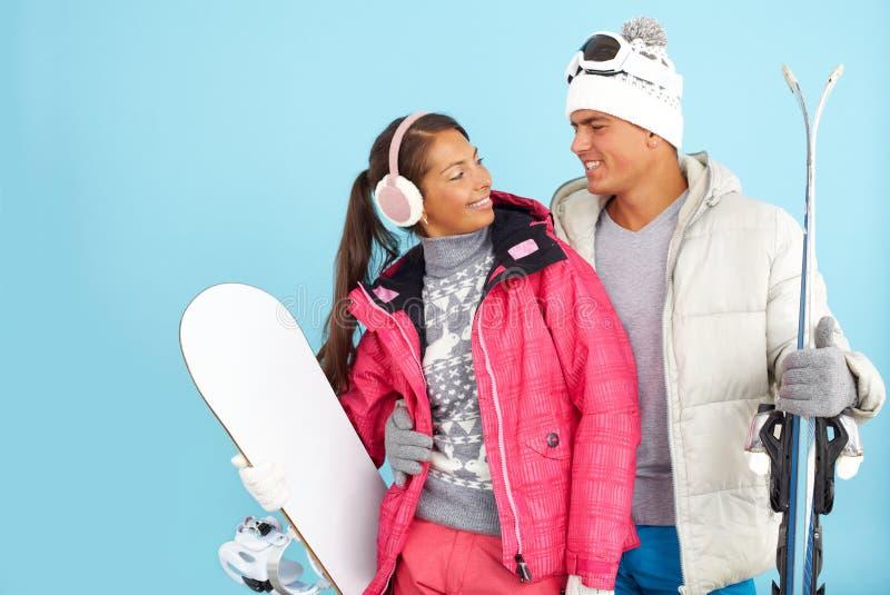 Sportliche Paare stockfoto