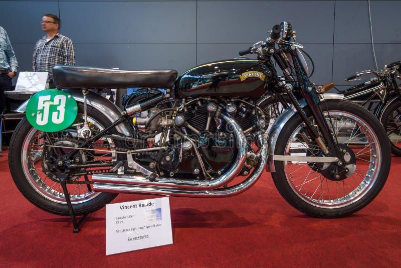 Sportmotorcykel Vincent Rapide med specifikationen för ` för `-svartblixt, 1952 fotografering för bildbyråer