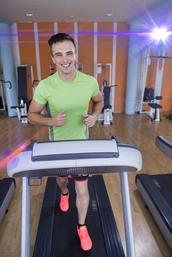 Sportowa ćwiczenie jogging na karuzeli fotografia stock