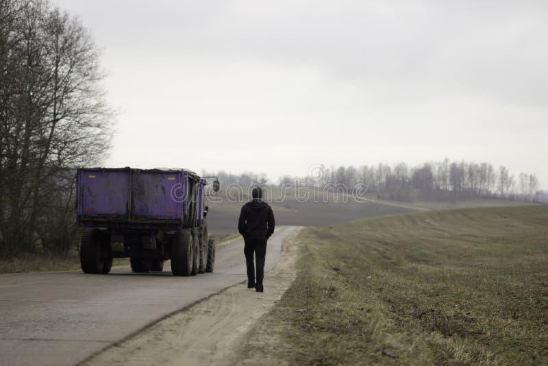 Sportowiec mooving daleko od na autostradzie zdjęcie royalty free