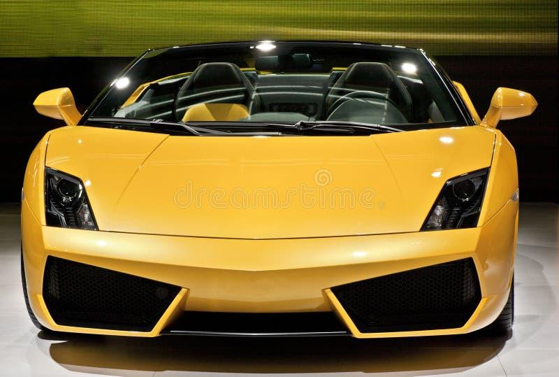 Sportscar amarillo foto de archivo libre de regalías