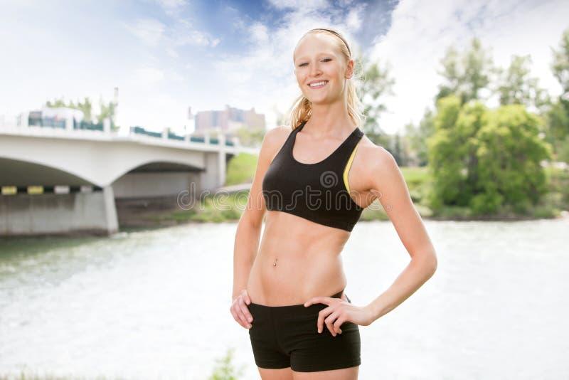 sportswear πορτρέτου γυναίκα στοκ φωτογραφίες