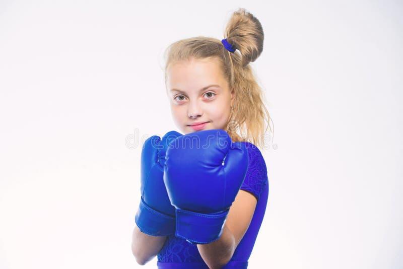 Sportuppfostran Uppfostran f?r ledarskap och vinnare Stark barnboxning Sport- och h?lsobegrepp Boxas sporten f?r royaltyfri foto