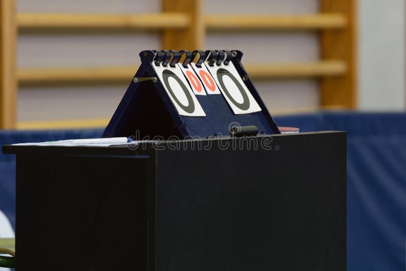 Sporty sprzeciwiają się dla stołowego tenisa zdjęcia royalty free