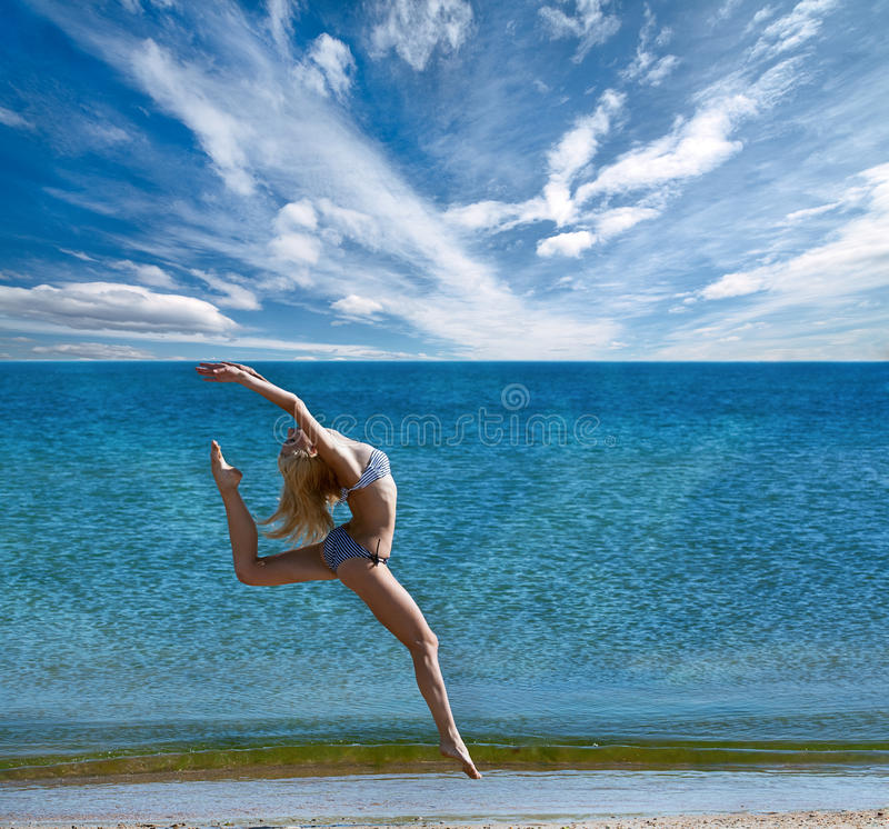 Download Sporty woman stock photo. Image of outdoors, ocean, fitness - 25433076