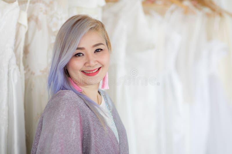 Sposa e bridesmaid fotografie stock