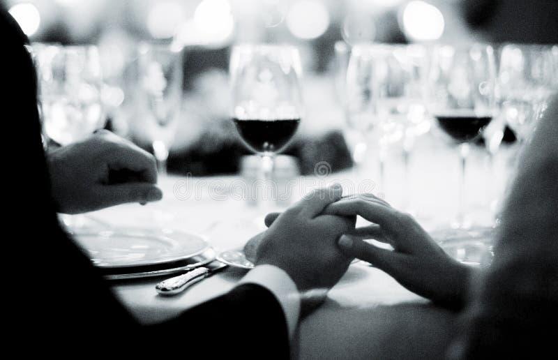 Sposa e sposo di cerimonia nuziale immagine stock