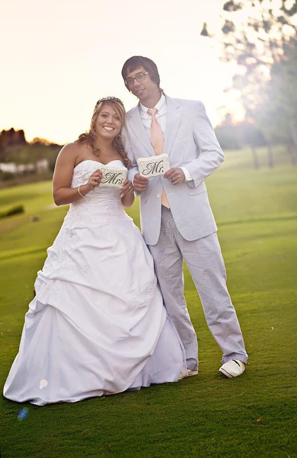 Sposa e sposo sposati appena fotografie stock