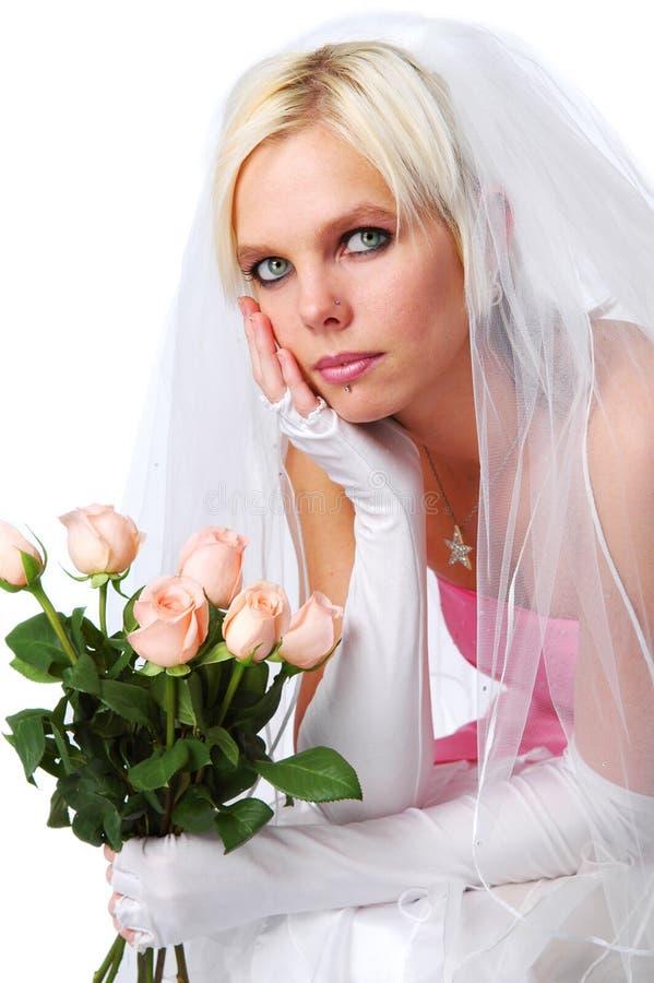 Sposa splendida con le rose fotografia stock libera da diritti