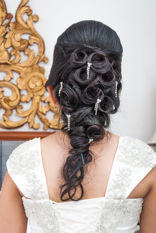 Sposa tailandese asiatica con bello stile di capelli fotografie stock