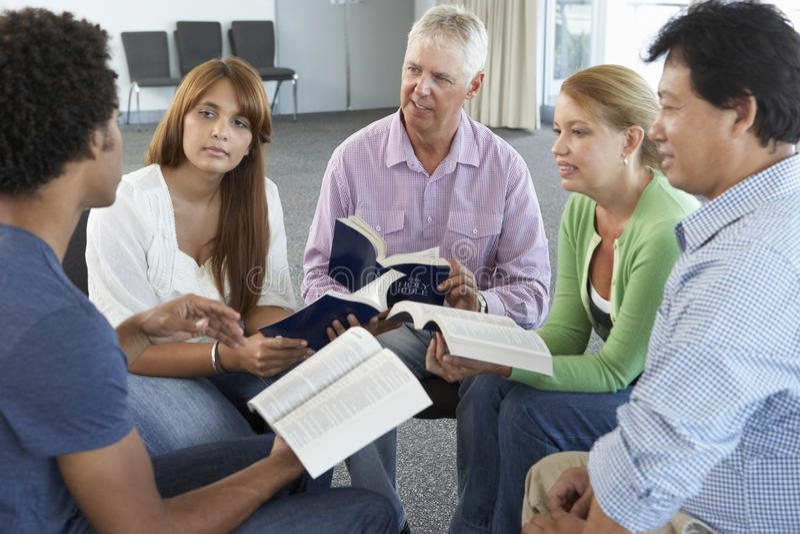 Spotkanie biblii grupa uczących się fotografia stock