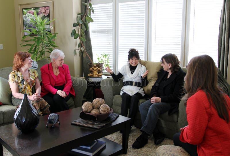 spotkanie domowe kobiety obrazy stock