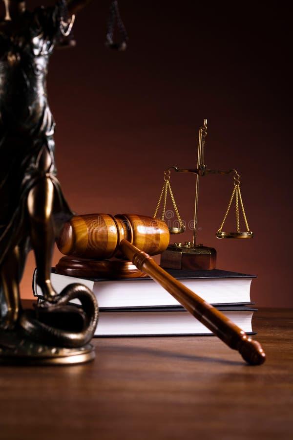 Sprawiedliwości statua, prawo, nastrojowy lekki żywy temat fotografia stock