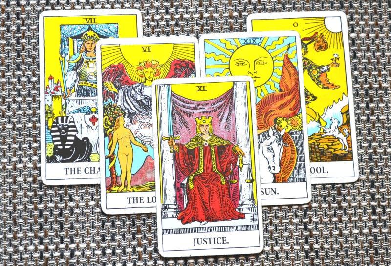 Sprawiedliwości Tarot karty sąd i prawo, legalność, kontrakty, dokumenty obrazy royalty free