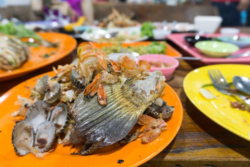 Spreco dei frutti di mare dopo il cibo fotografia stock libera da diritti