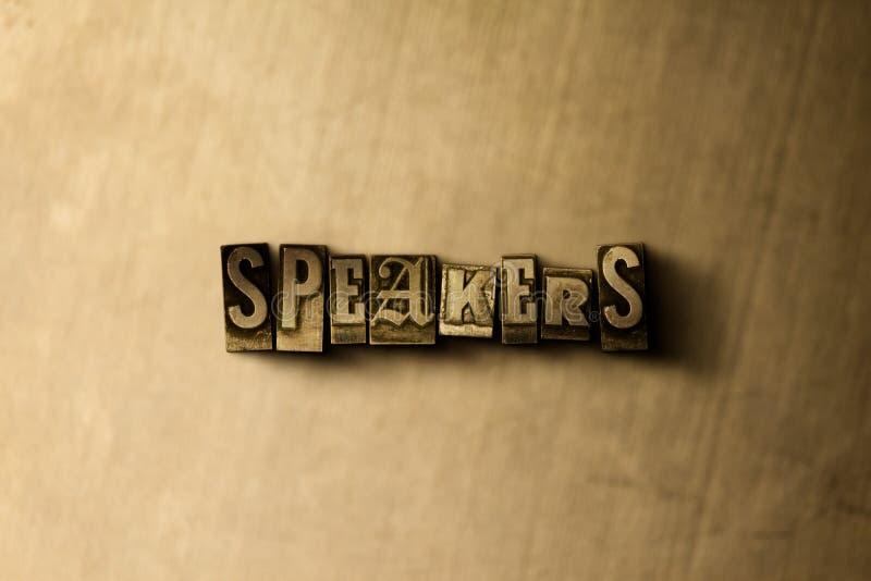 SPREKERS - close-up van grungy wijnoogst gezet woord op metaalachtergrond stock illustratie