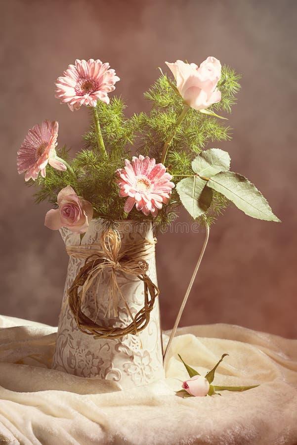 Free Spring Flower Arrangement Stock Image - 66416021