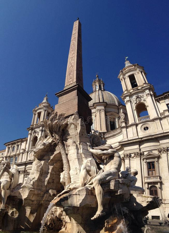 Springbrunn av de fyra floderna, Rome, Italien royaltyfri bild