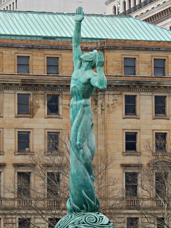 Springbrunn av evigt liv i stadens centrum Cleveland Ohio royaltyfri foto