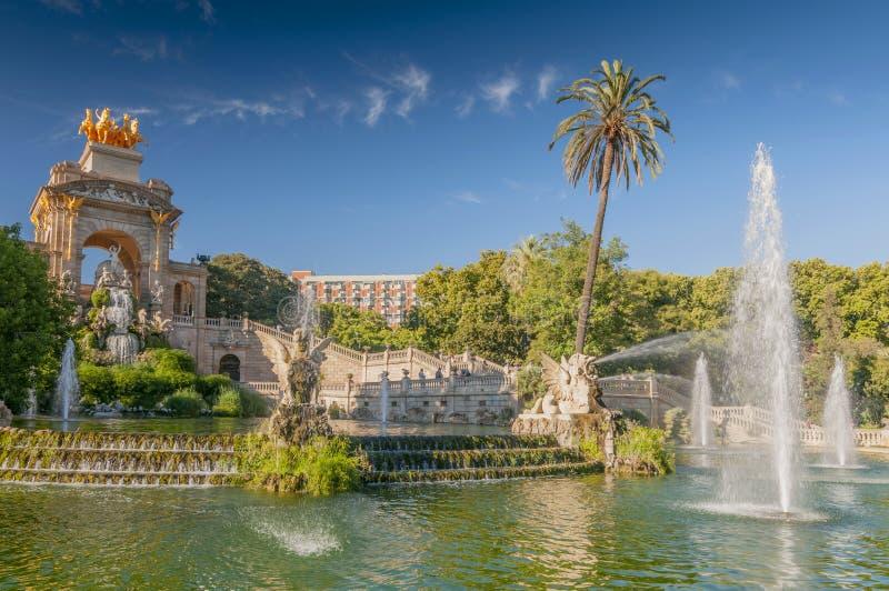 Springbrunn av Parc de la Ciutadella i Barcelona, Spanien arkivfoton