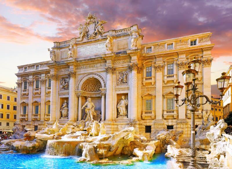 Springbrunn di Trevi, Rome. Italien. royaltyfria bilder