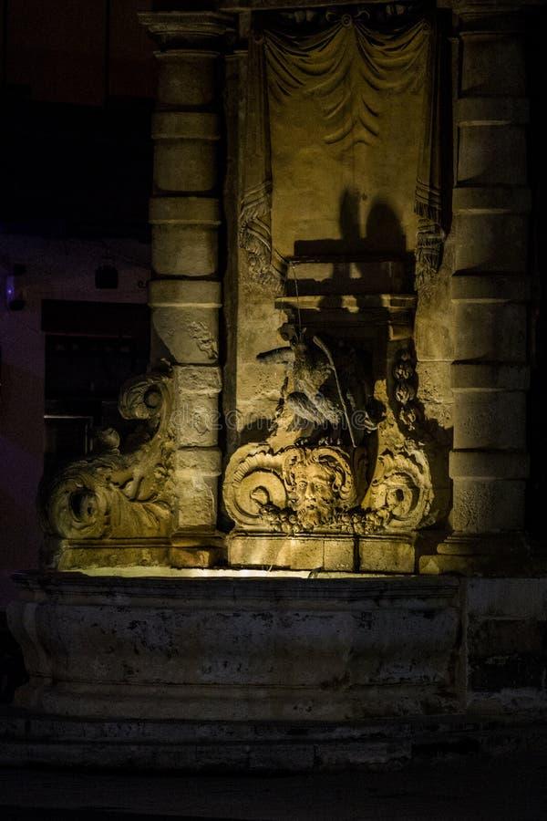 Springbrunn i Valletta royaltyfria foton