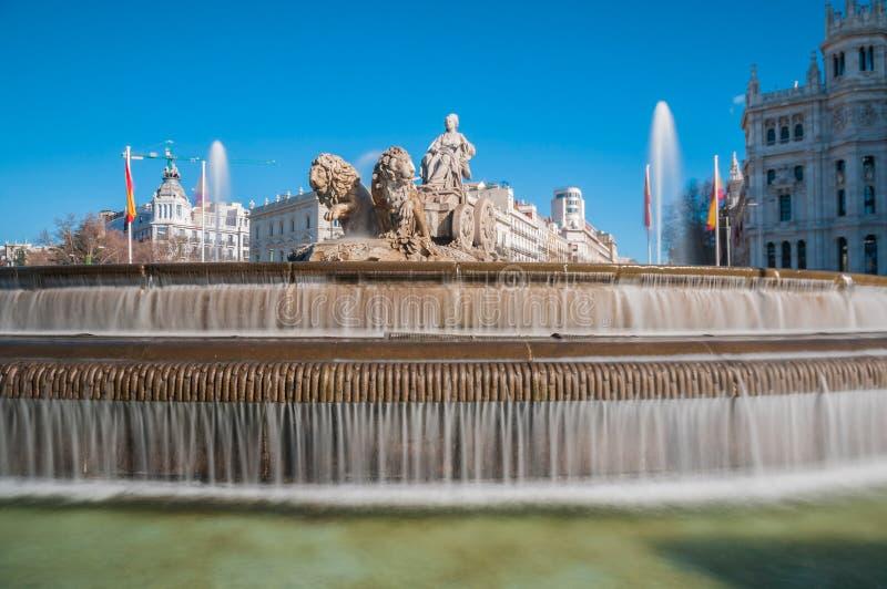 Springbrunnen av Cibeles i Madrid, Spanien royaltyfria bilder