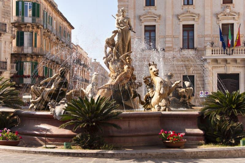 Springbrunnen av Diana royaltyfria foton