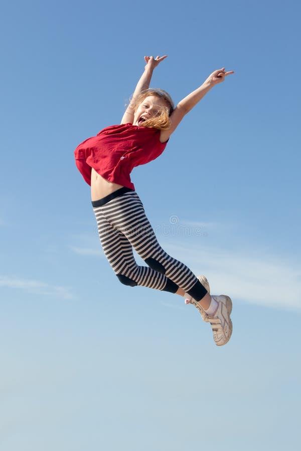 Springen Sie für Freude lizenzfreie stockfotos