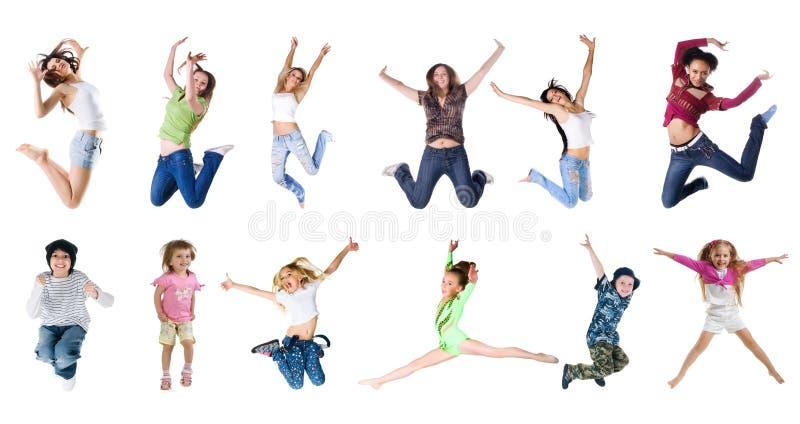 Springende Leute lizenzfreie stockfotos