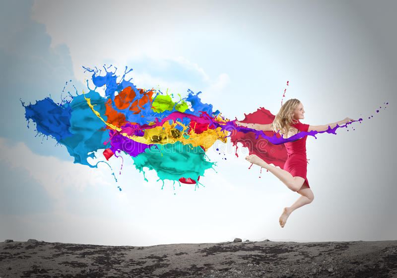 Springende vrouw royalty-vrije stock afbeelding