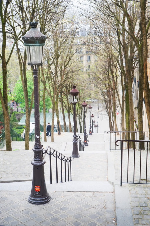Free Springtime In Paris Royalty Free Stock Images - 9084519