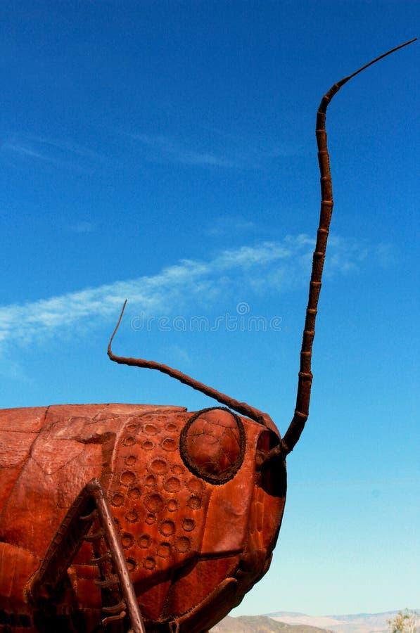 Sprinkhanenbeeldhouwwerk, het Park van de de Woestijnstaat van Anza Borrego, Californië stock afbeeldingen