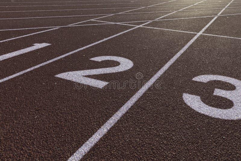 Sprinta den startande linjen kurva för spår arkivbilder