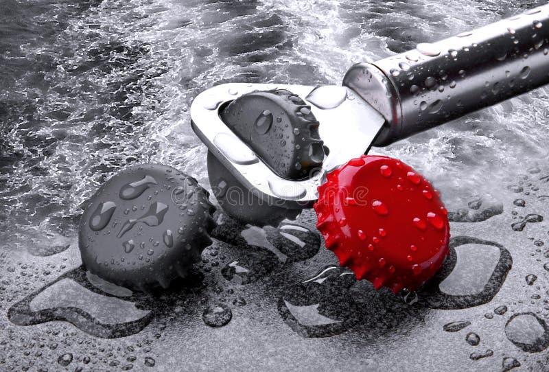 Spritzen Abstrakt Wasser MITs Kronkorken lizenzfreies stockfoto