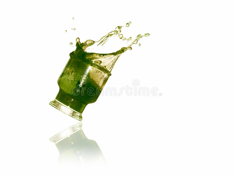 Spritzen im Glas lizenzfreies stockbild