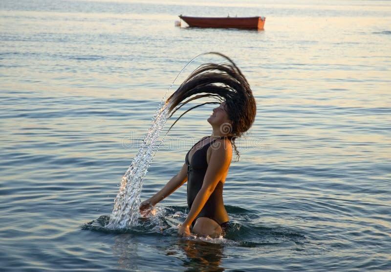 Download Spruzzata fotografia stock. Immagine di goda, curva, oceano - 3135122