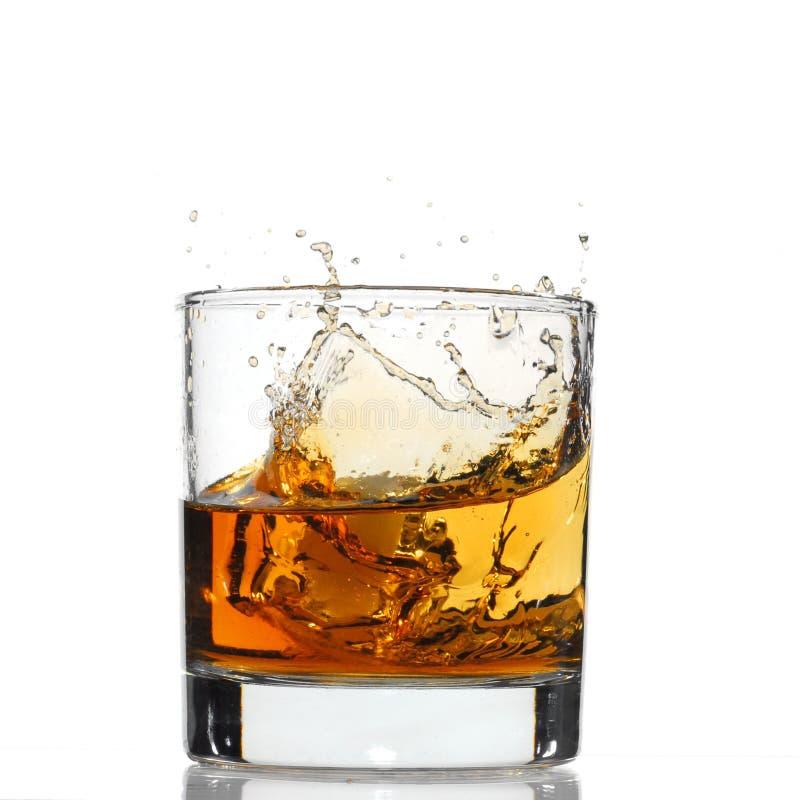 Spruzzata del whisky fotografia stock libera da diritti