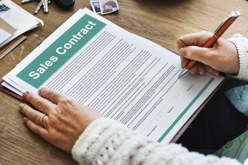Sprzedaż kontrakt Tworzy dokumentu Legalnego pojęcie zdjęcia royalty free