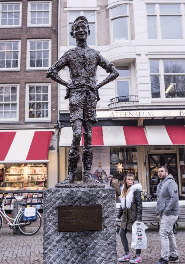 Spui fyrkant Het Amsterdamse Lieverdje den lilla Amsterdam Darl arkivbilder