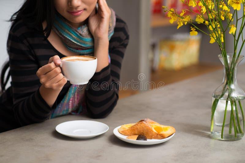 Spuntino e caffè immagini stock