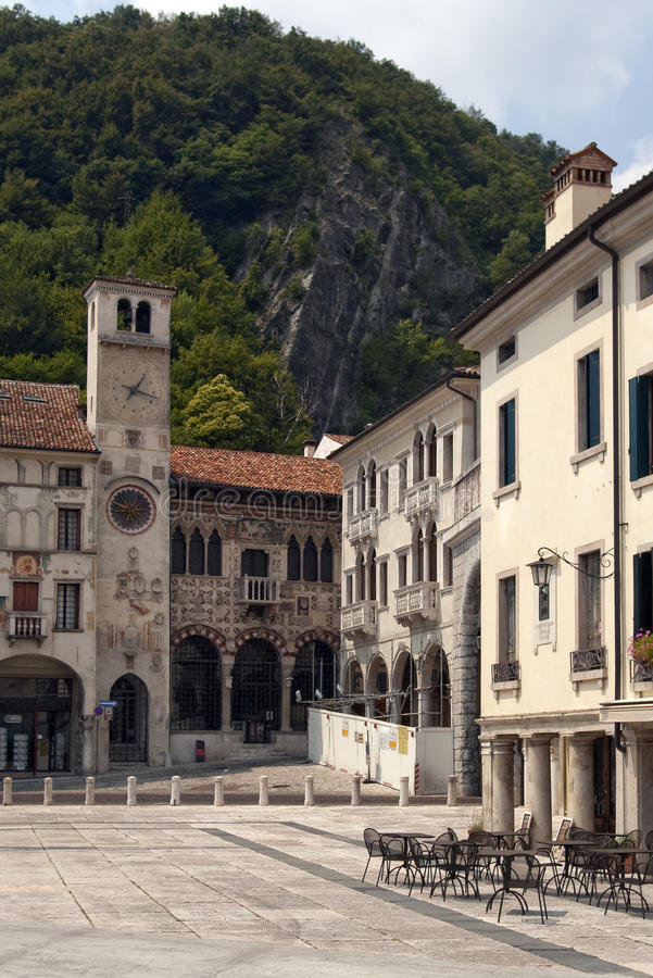 Free Sqare In Small Old Italian Town Stock Photos - 15756913