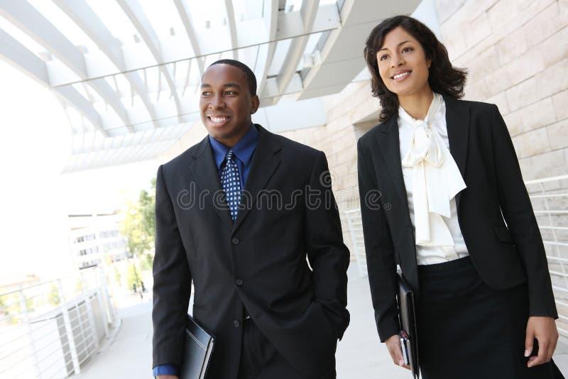 Squadra attraente di affari dell'afroamericano fotografia stock