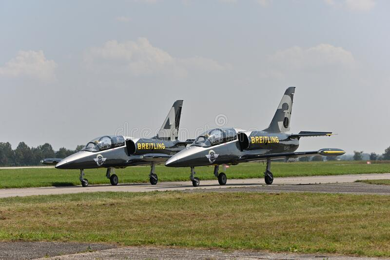 Squadra Jet Breitling, Jets ALBATROS L39 fotografie stock libere da diritti
