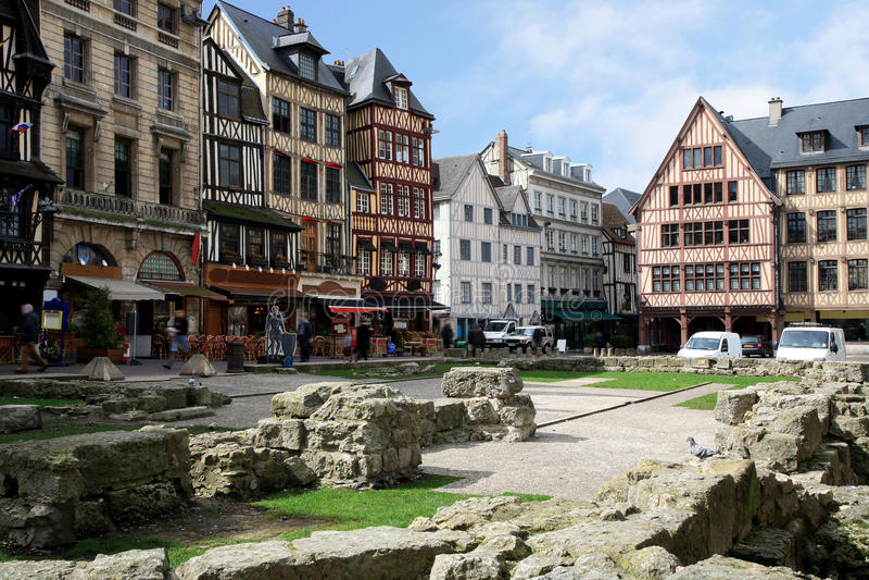 Square Aitre DE Heilige Maclou in Rouen, Frankrijk. stock fotografie