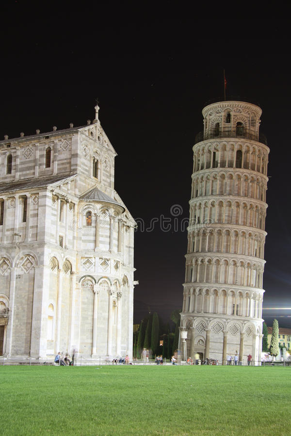 Download Square Of Miracles In Pisa (Italy) At Night Stock Photo - Image: 32083188