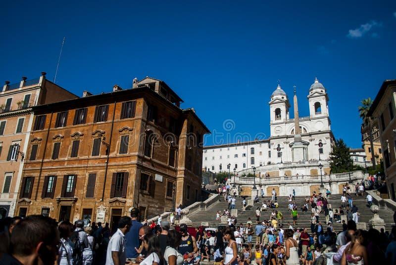 Square Piazza di Spagna, della Barcaccia de Fontana de la fuente en Roma fotografía de archivo